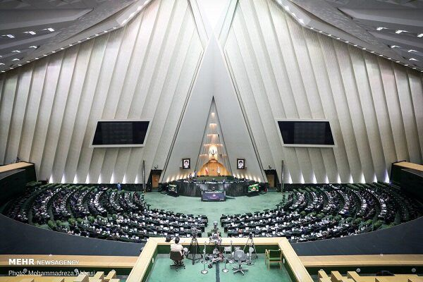 Parl. strongly condemns Europe's anti-Iranian resolution