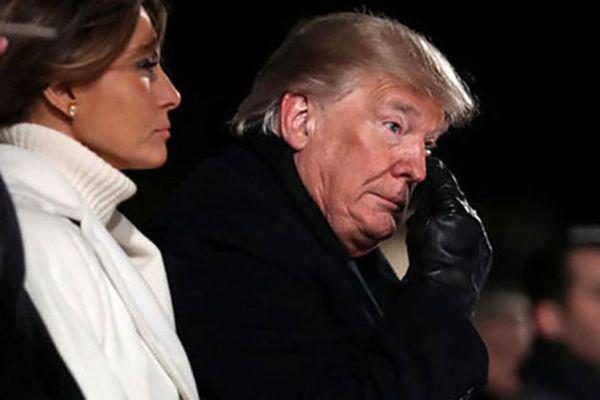 اشکهای ترامپ در کنار همسرش سوژه شد! +عکس